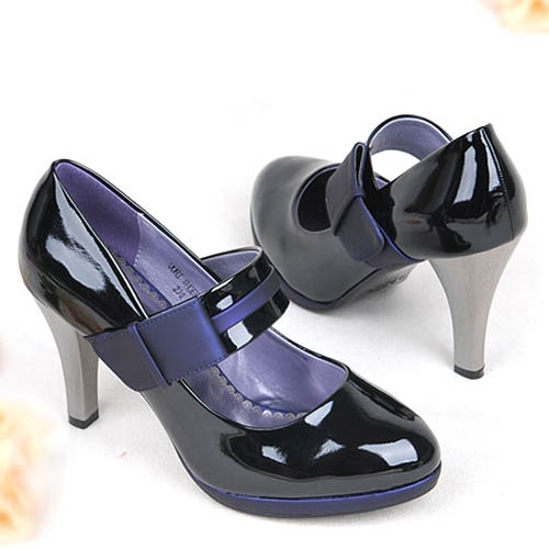 茵斯帕专柜女鞋特价秋季新款杂志款vivi爆款推荐 高清图片
