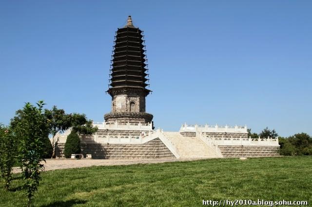2002年,经河北省文物局批准,丰润区投资1000万元拆迁了天宫寺塔附近
