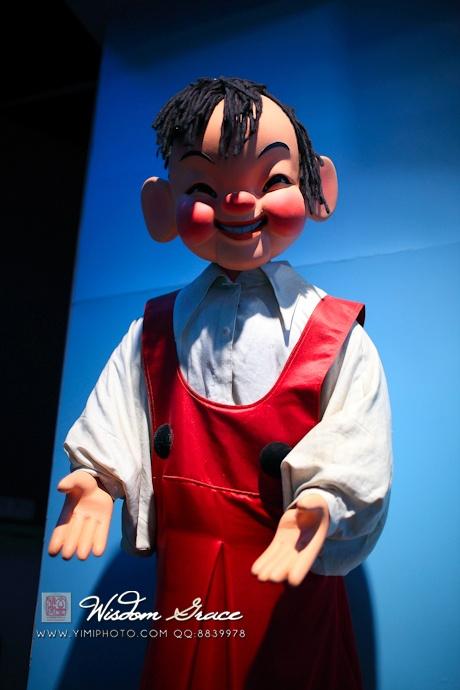 这个形象没有介绍,但我认为是小时候看过的木偶片《大林和小林》