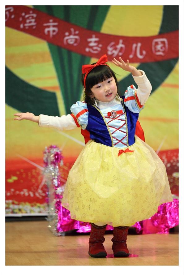 新年童话剧演出-白雪公主和七个小矮人