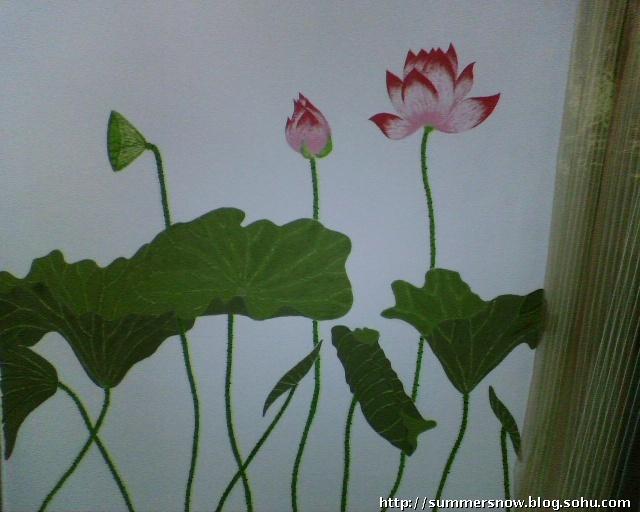 客厅阳台墙面上的墙绘处女作问世