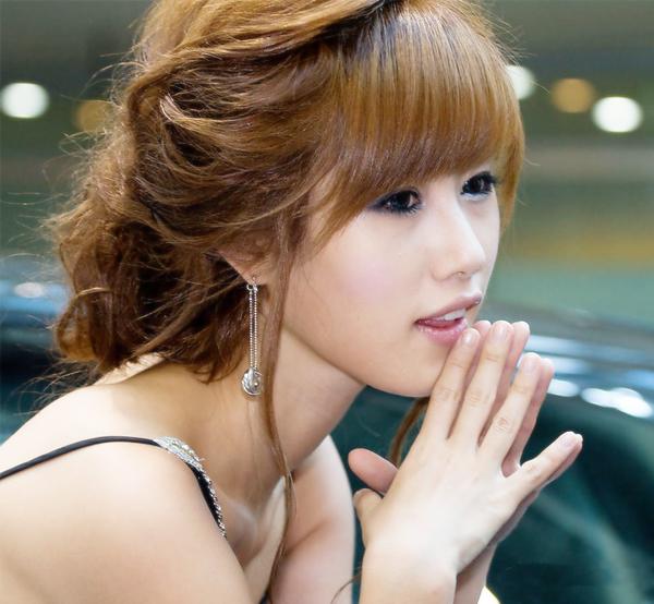 2008 韩国第一车模- 宋智娜
