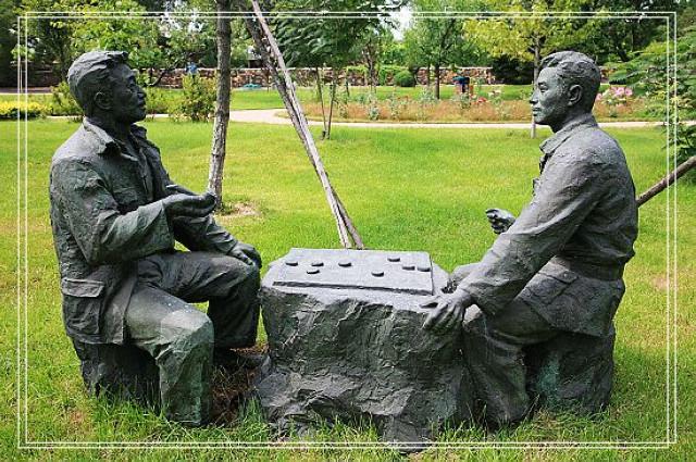 黔东少数民族雕塑