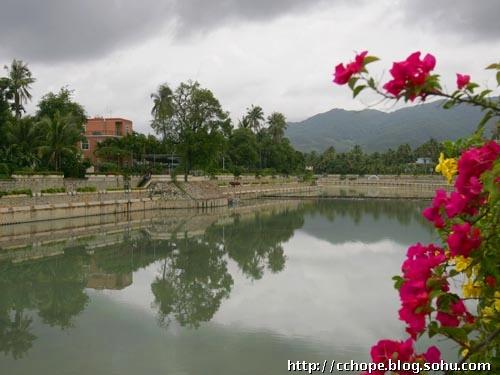 游度假新天地 三亚槟榔村
