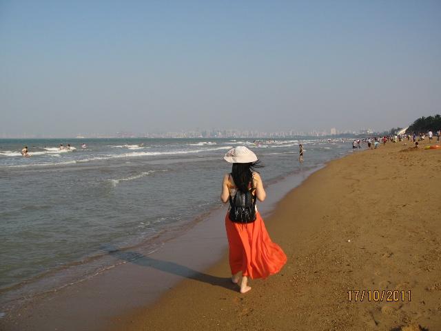 闺蜜头像海边左右分开背影长发