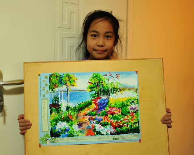 小学生风景动物油画棒绘画作品