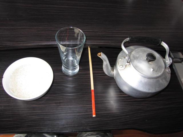 科学小实验—筷子提米