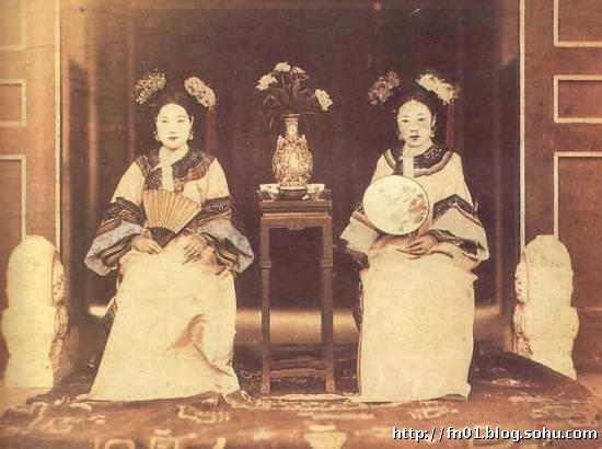 """代人看来,皇帝有点委屈了!   她,算是清朝后宫中的""""另类""""吧!   高清图片"""